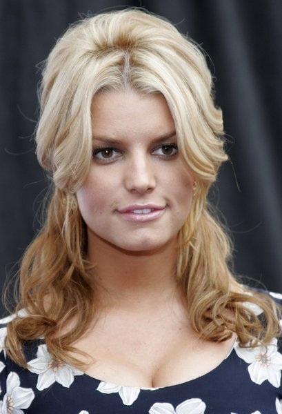 Jessica Simpson Blonde Celebrity Hair Styles