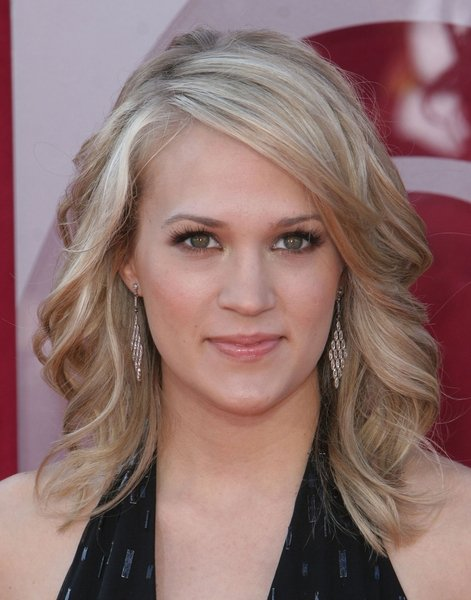 carrie underwood before after. Carrie Underwood Before and