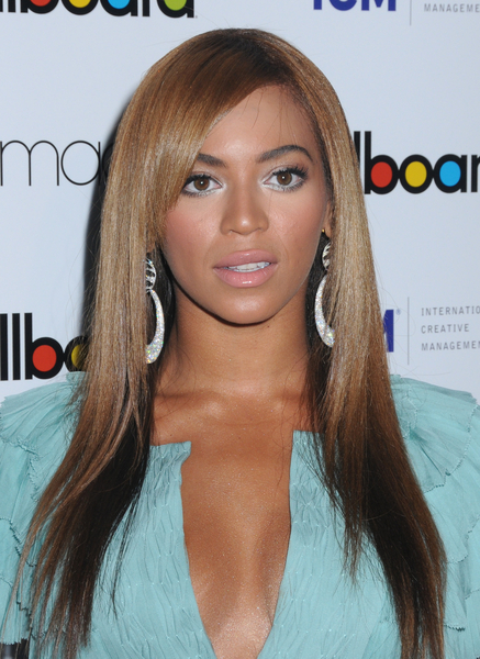 beyonce long straight style